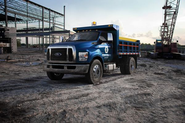 Ford F-650 (2)